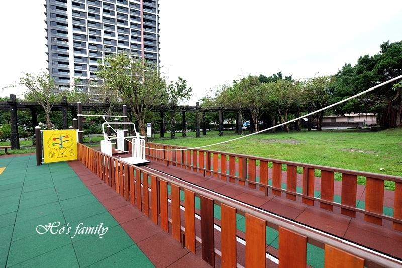 頭城運動公園兒童遊戲場23.JPG