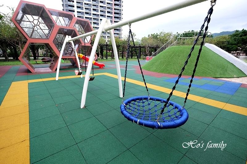 頭城運動公園兒童遊戲場31.JPG
