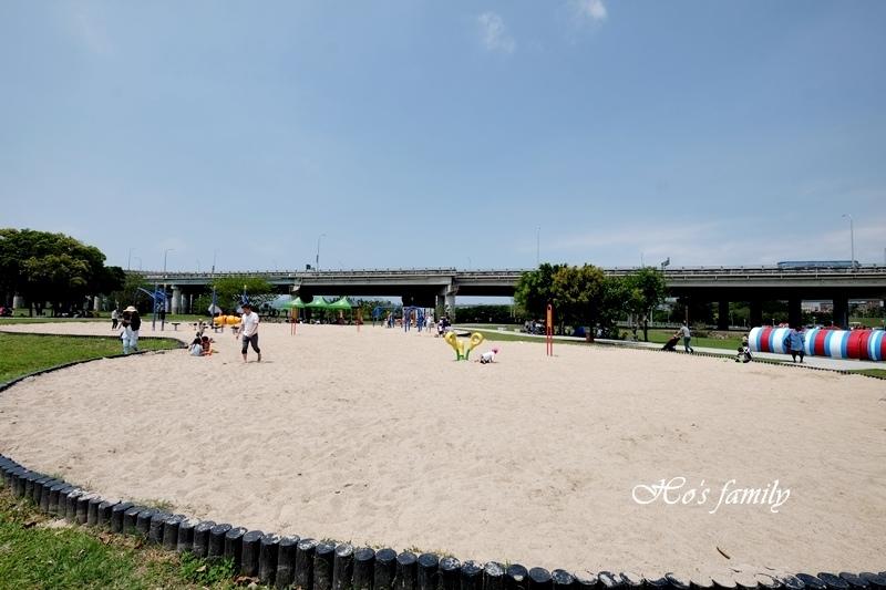 大台北都會公園幸福小火車15.JPG