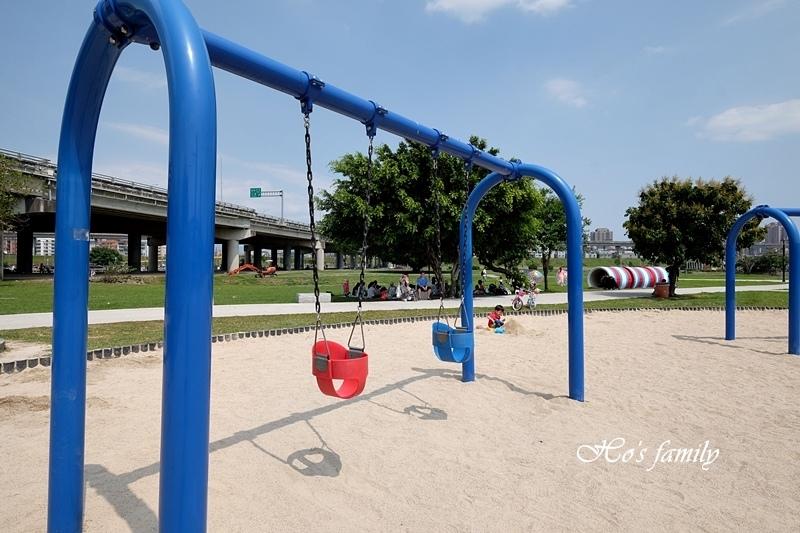 大台北都會公園幸福小火車18.JPG