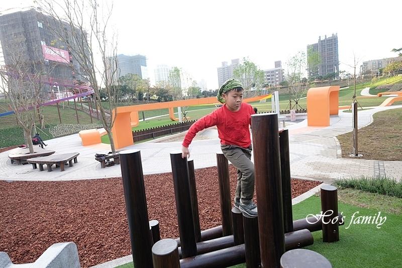 【桃園特色公園】風禾公園滾輪溜滑梯26.JPG