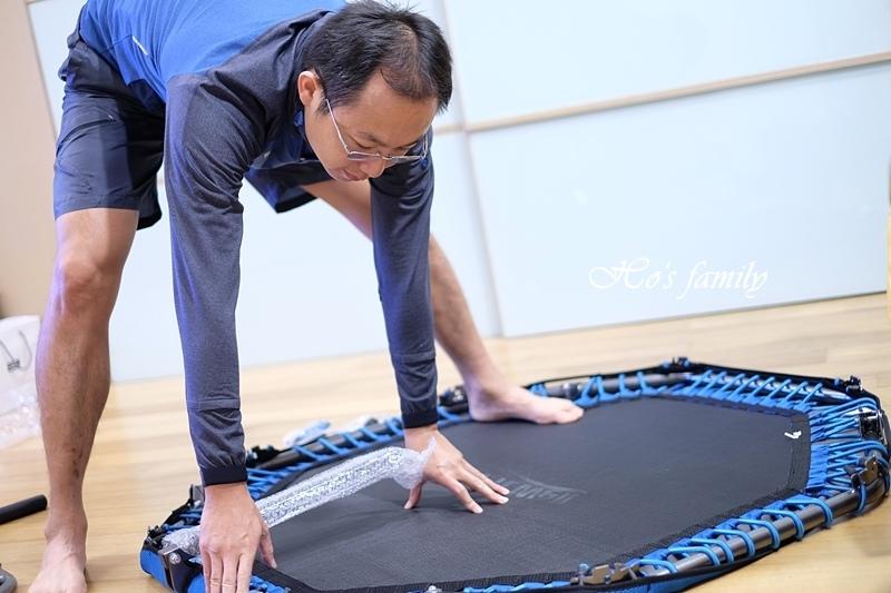 【育兒好物好物】Fitwell全能跳彈跳床6.JPG