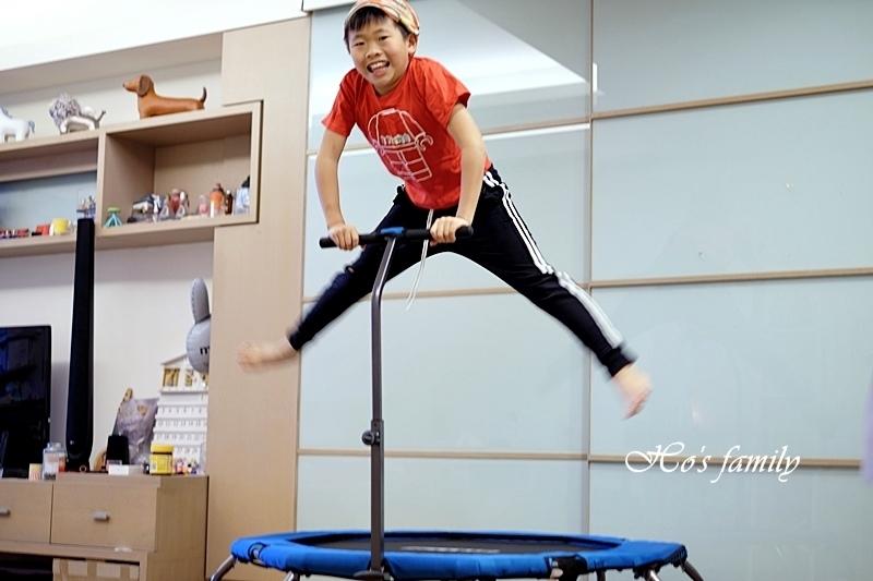 【育兒好物好物】Fitwell全能跳彈跳床19.JPG