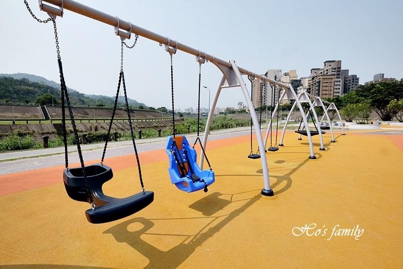 【台北木柵特色公園】道南河濱公園遊戲場21.JPG