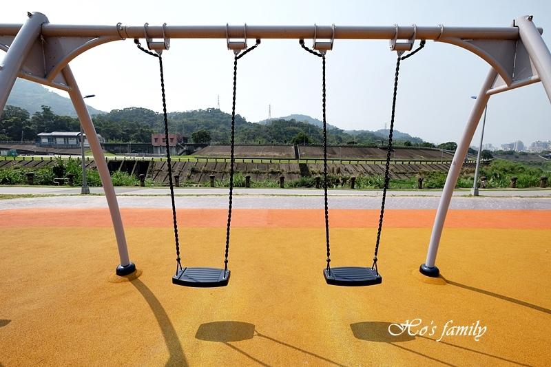【台北木柵特色公園】道南河濱公園遊戲場23.JPG