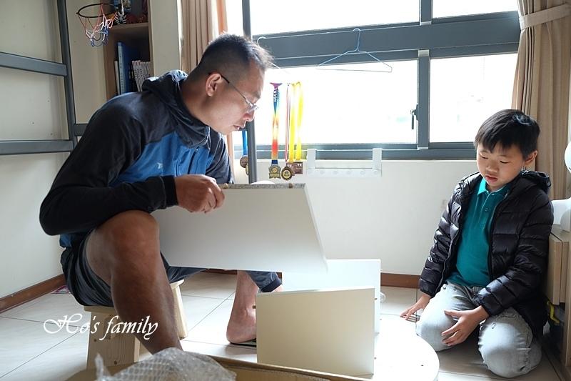 【兒童書櫃推薦】MIT第一博士360度旋轉書櫃3.JPG