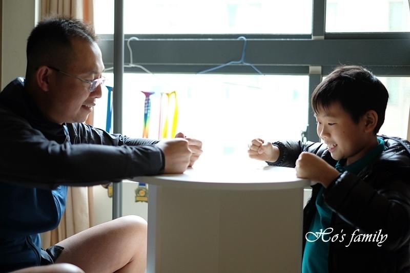 【兒童書櫃推薦】MIT第一博士360度旋轉書櫃13.JPG