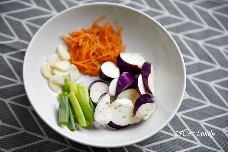 [親子料理]兒童造型便當食譜~角落生物3.JPG