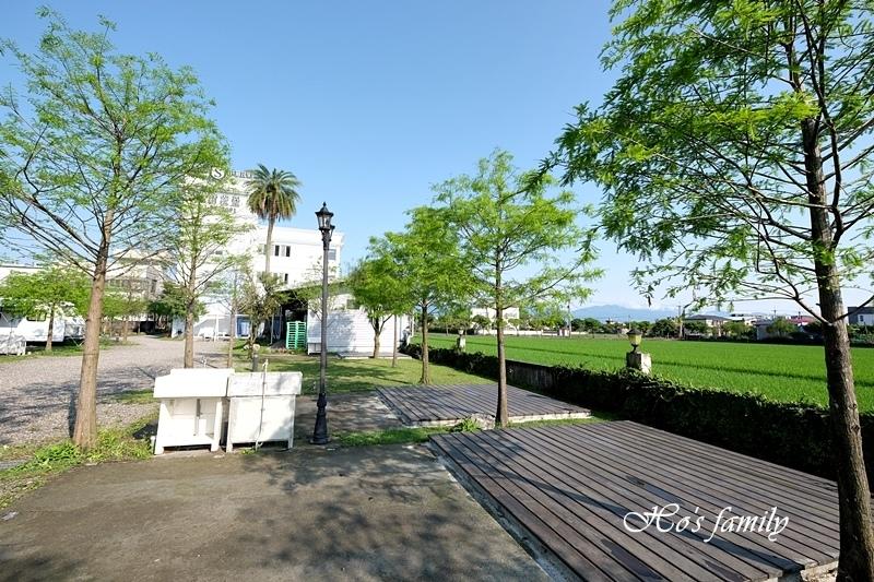 【羅東夜市民宿】薩爾茨堡渡假莊園露營車12.JPG