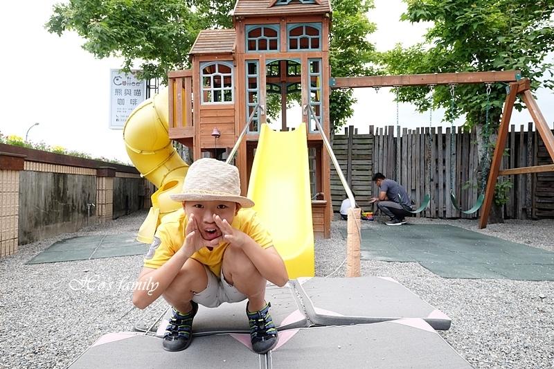 【宜蘭市親子友善餐廳】熊與喵咖啡21.JPG