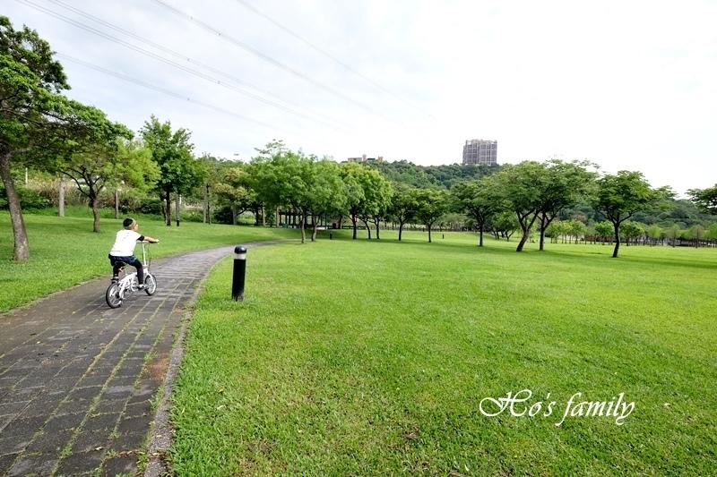 【桃園親子公園】大溪河濱公園12.JPG