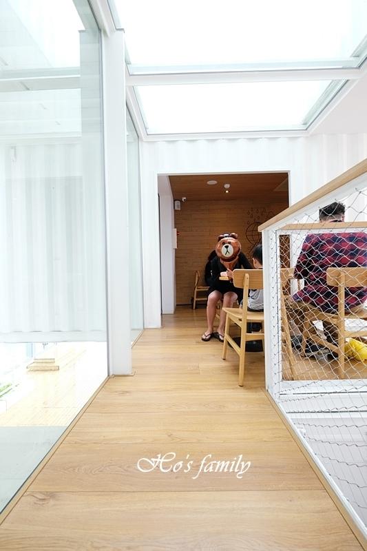 【花蓮吉安】貨櫃屋星巴克洄瀾門市10.JPG