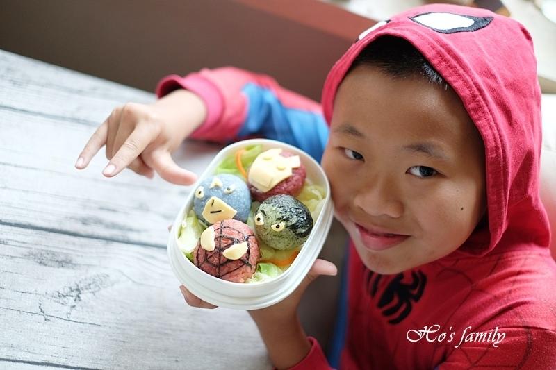 【親子料理】兒童造型便當食譜~復仇者聯盟飯糰11.JPG
