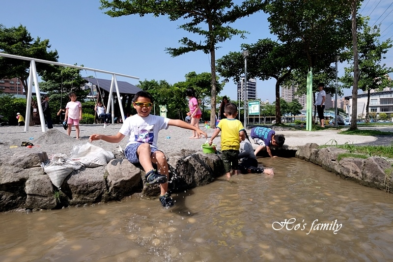 【新北玩水景點】中和錦和運動公園8.JPG