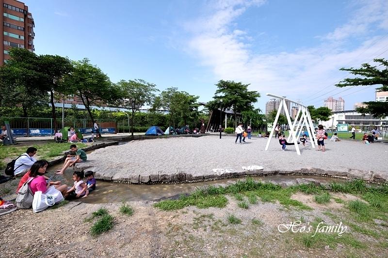 【新北玩水景點】中和錦和運動公園14.JPG