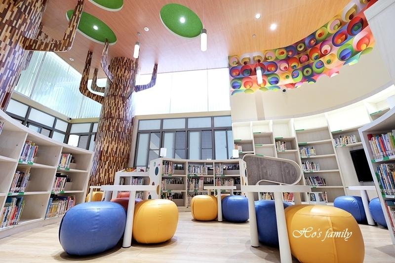 【桃園親子室內景點】桃園市立圖書館龍潭分館6.JPG