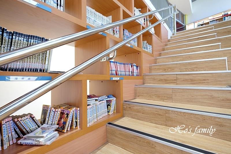 【桃園親子室內景點】桃園市立圖書館龍潭分館15.JPG