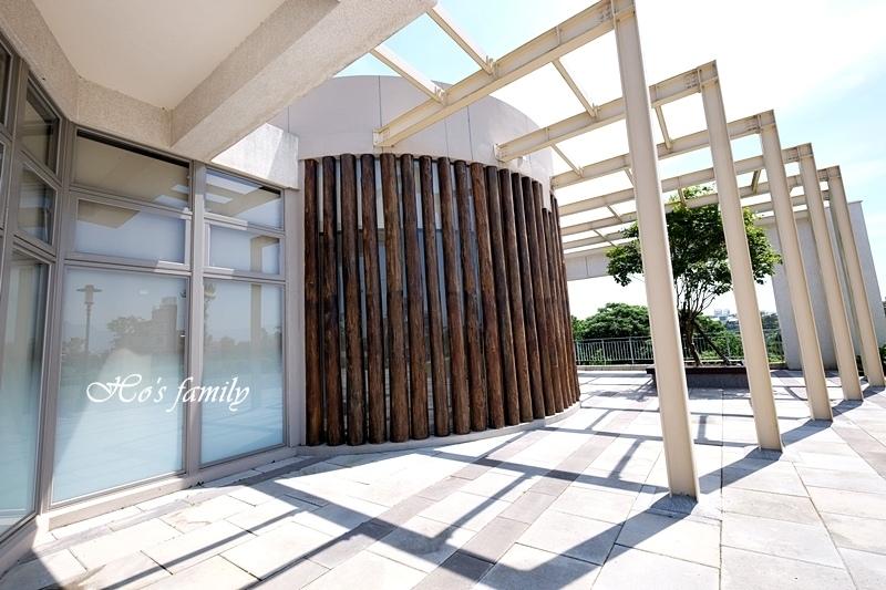 【桃園親子室內景點】桃園市立圖書館龍潭分館25.JPG