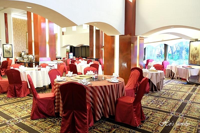 台中清新溫泉飯店吃到飽餐廳2.JPG