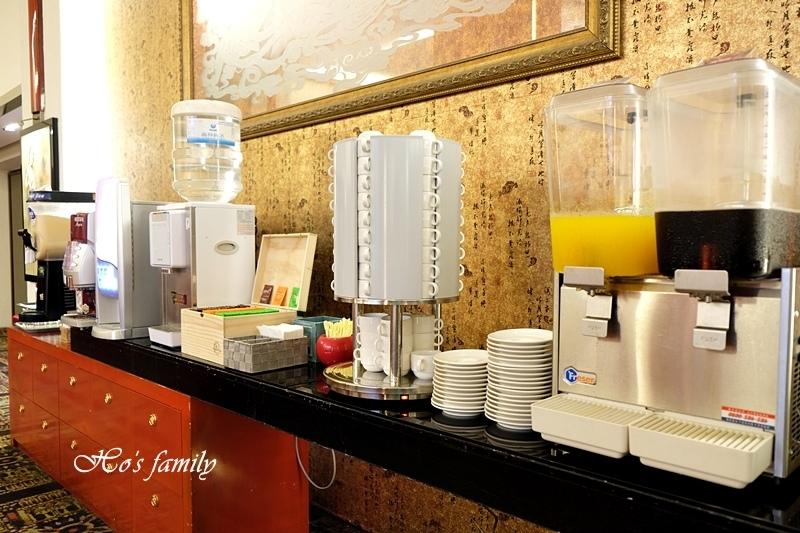 台中清新溫泉飯店吃到飽餐廳5.JPG