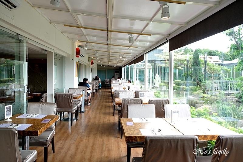 台中清新溫泉飯店吃到飽餐廳25.JPG