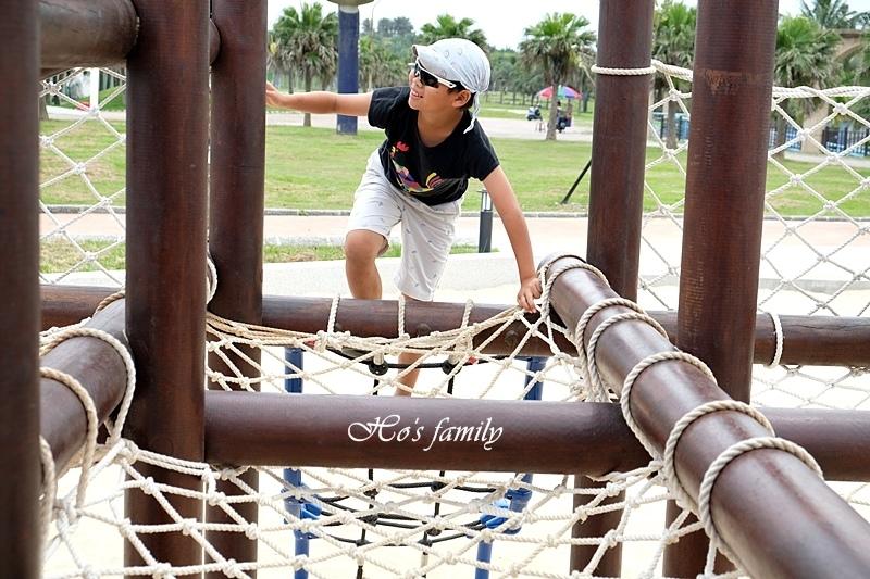 【2019花蓮新親子景點】太平洋海景公園南濱兒童遊戲場6.JPG