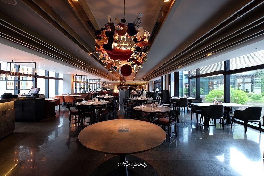 【信義區美食】寒舍艾麗酒店LA FARFALLA義式餐廳1.JPG
