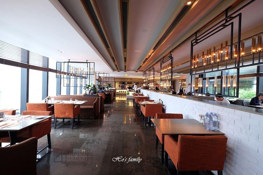 【信義區美食】寒舍艾麗酒店LA FARFALLA義式餐廳2.JPG