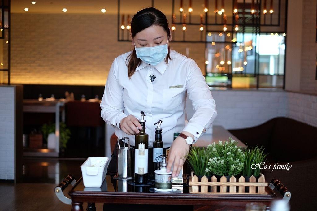 【信義區美食】寒舍艾麗酒店LA FARFALLA義式餐廳11.JPG