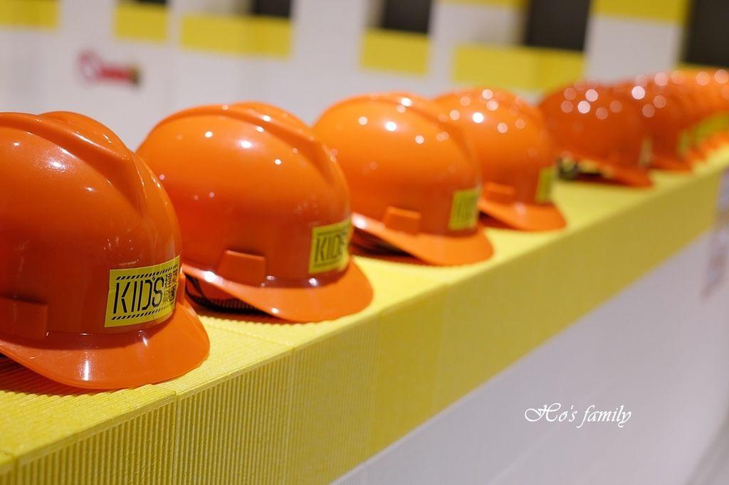 【桃園親子室內景點】KID'S建築樂園A8桃園店建築工程體驗館4.JPG