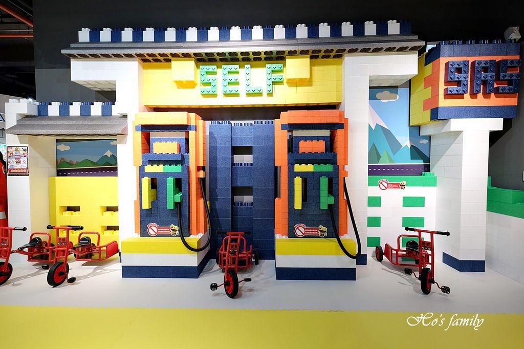 【桃園親子室內景點】KID'S建築樂園A8桃園店建築工程體驗館5.JPG