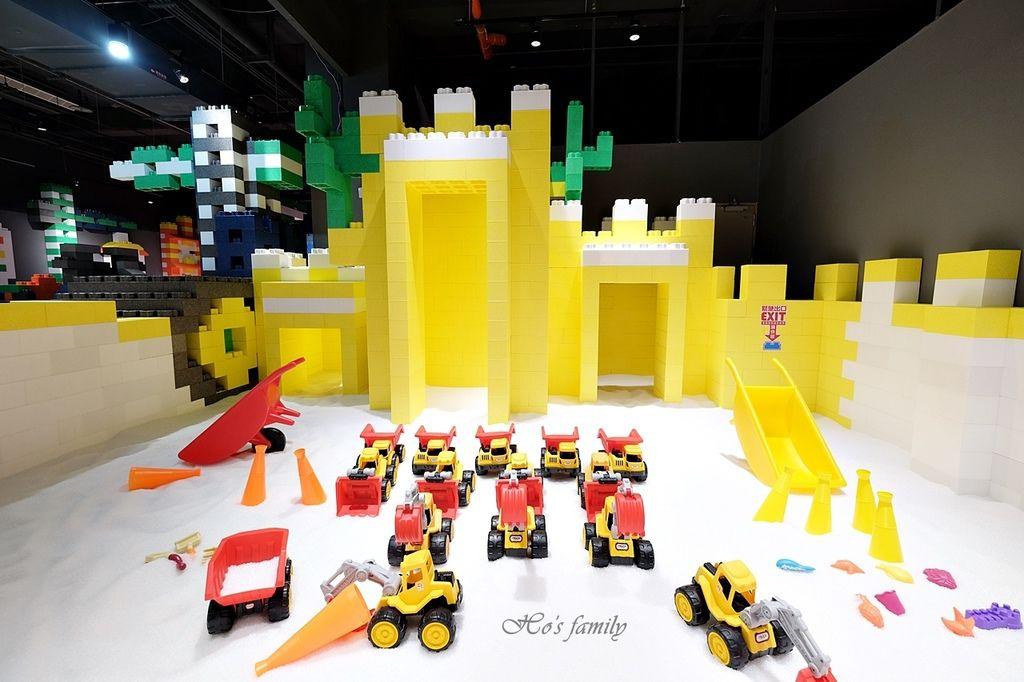 【桃園親子室內景點】KID'S建築樂園A8桃園店建築工程體驗館8.JPG