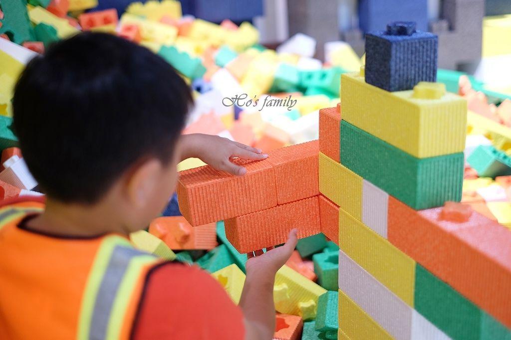 【桃園親子室內景點】KID'S建築樂園A8桃園店建築工程體驗館22.JPG