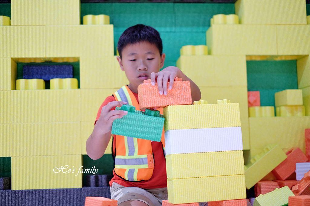 【桃園親子室內景點】KID'S建築樂園A8桃園店建築工程體驗館21.JPG