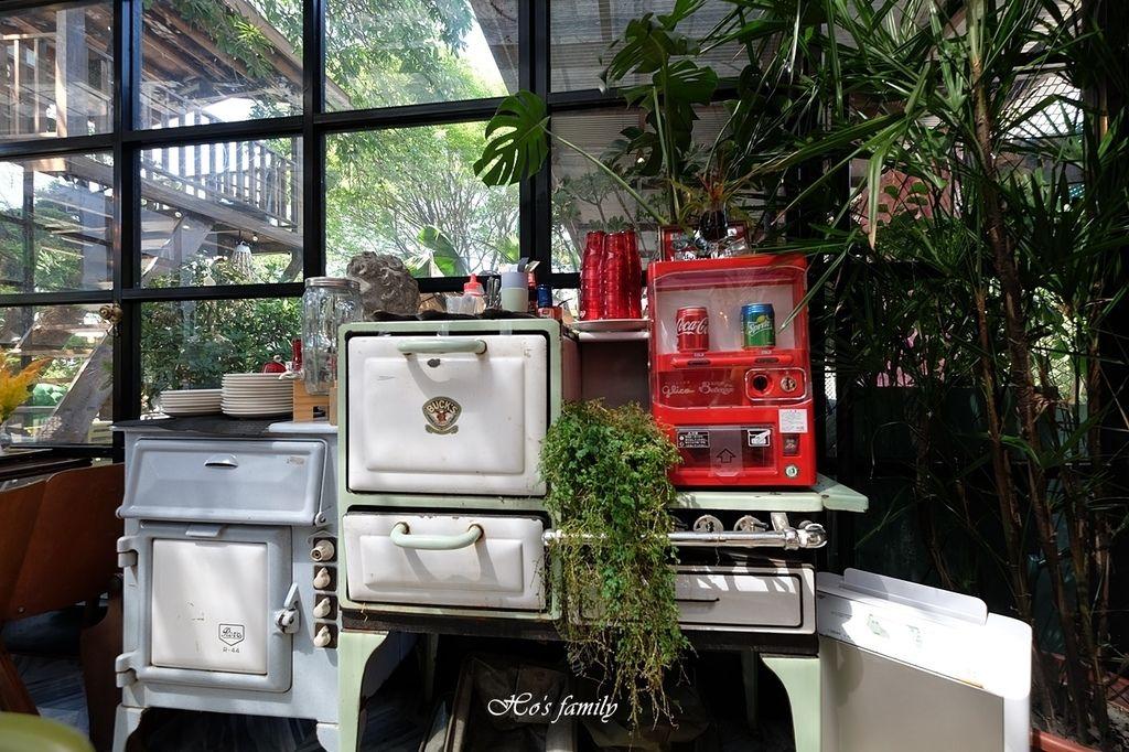 【淡水美食】Binma Area 134~森林系玻璃屋景觀咖啡廳!樹屋、水管屋, ig打卡絕美景點12.JPG