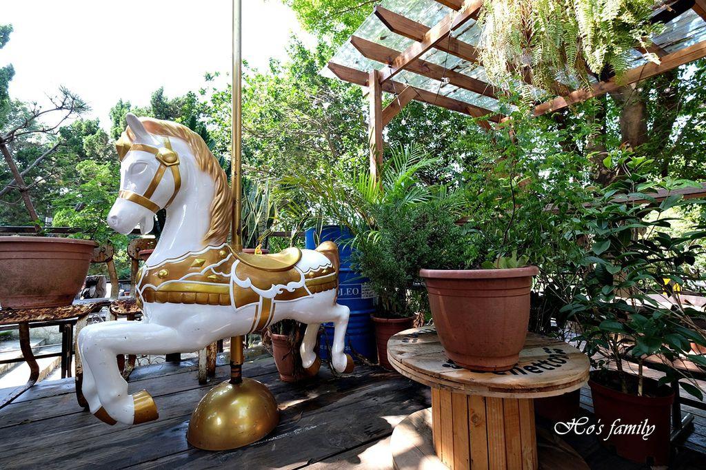 【淡水美食】Binma Area 134~森林系玻璃屋景觀咖啡廳!樹屋、水管屋, ig打卡絕美景點23.JPG