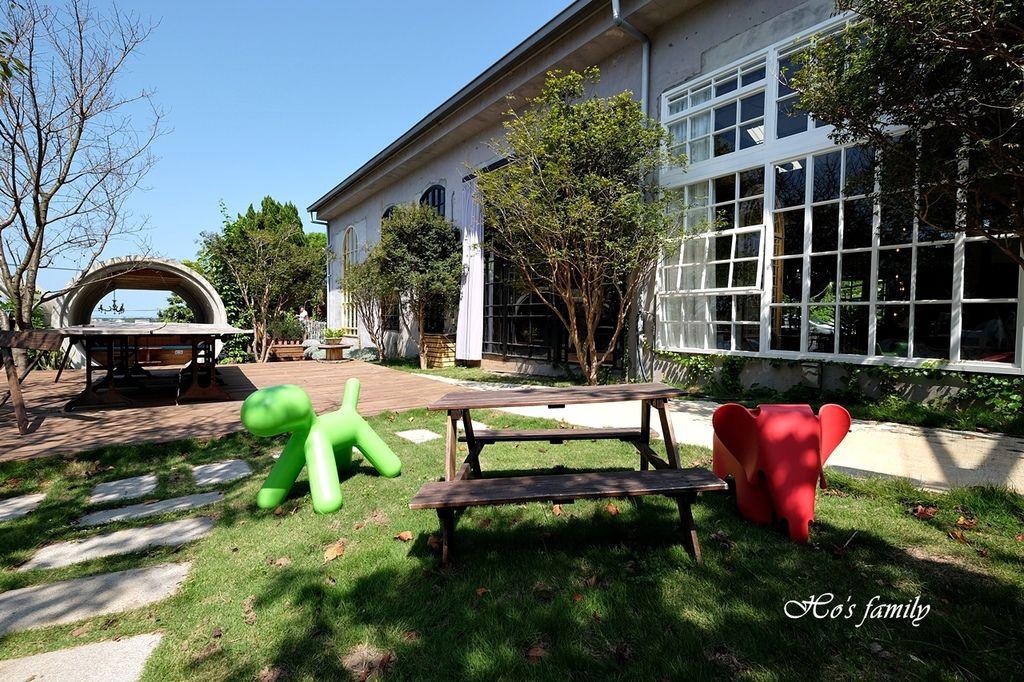 【淡水美食】Binma Area 134~森林系玻璃屋景觀咖啡廳!樹屋、水管屋, ig打卡絕美景點29.JPG