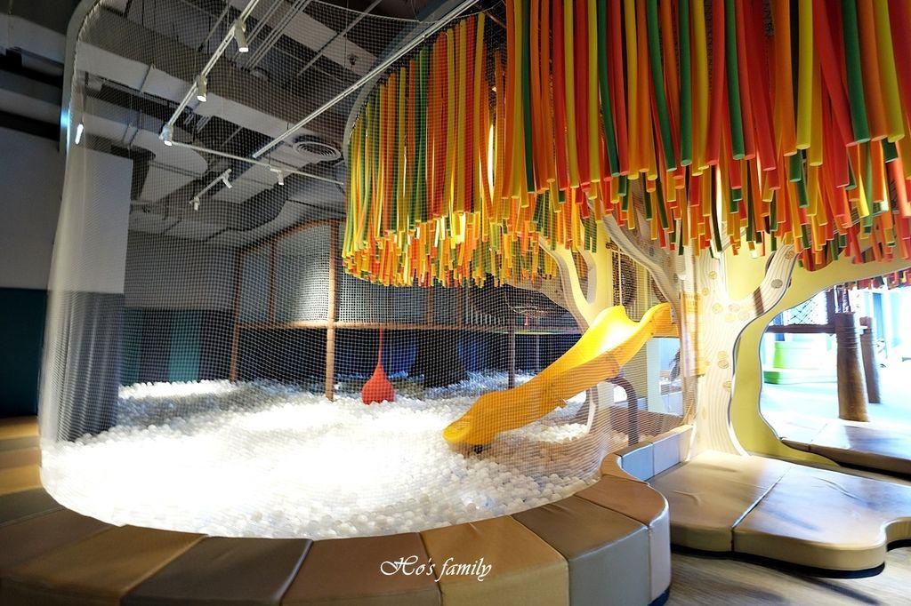 【台南親子景點】南科考古館~全新室內兒童探索樂園!球池沙坑、4D海洋劇場、考古遊戲體驗、驚奇文物展,銅板價玩一天10.JPG