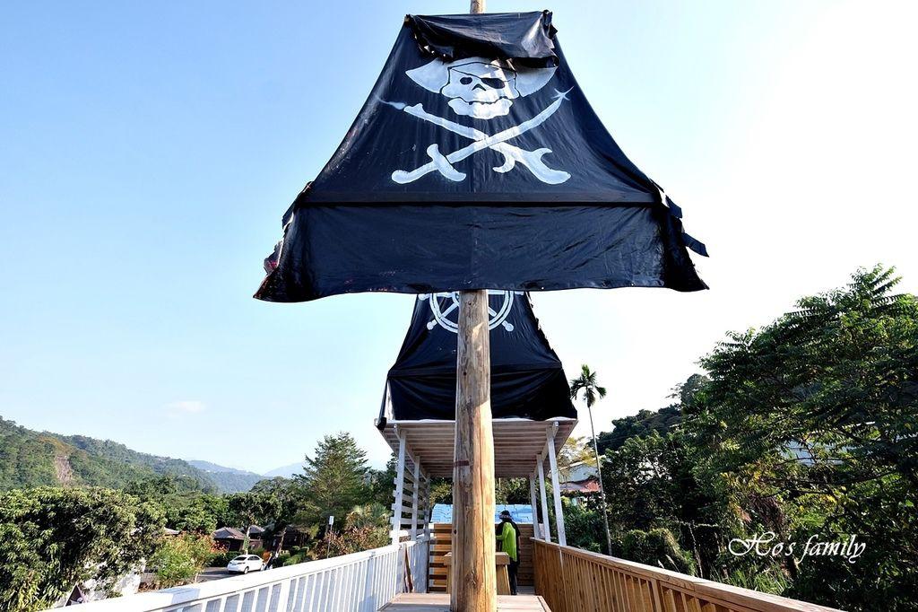 【南投親子新景點】竹山海盜村景觀彩繪園區30.JPG