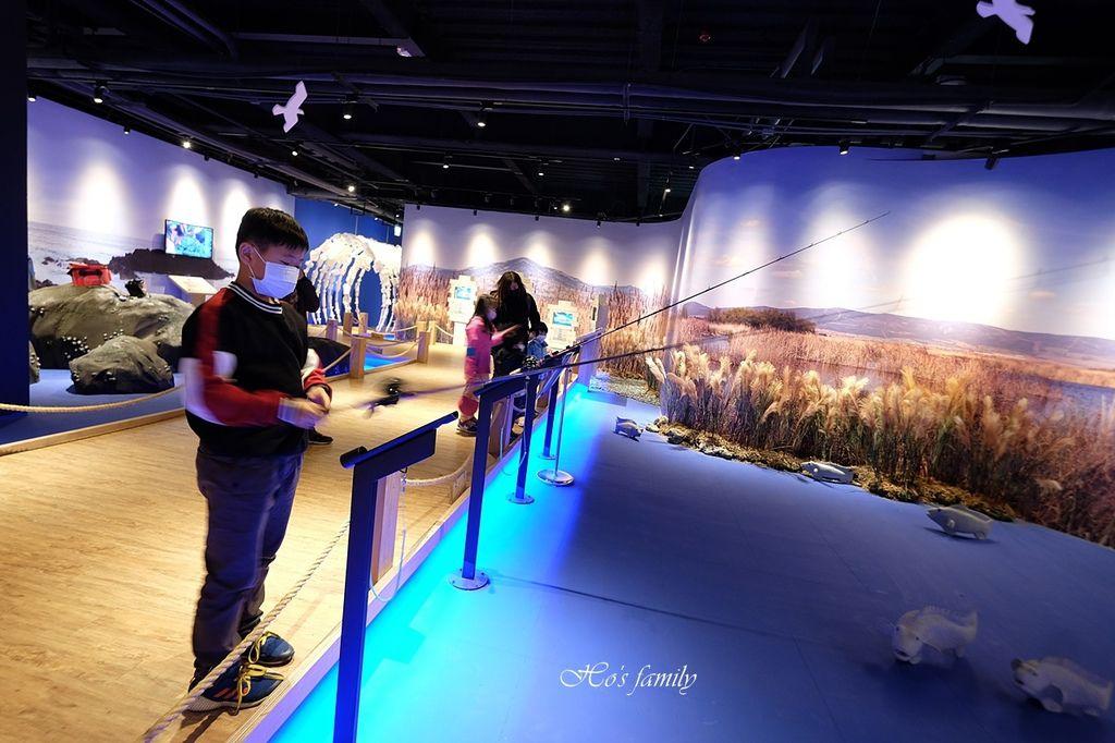 【台中室內親子景點】寶熊漁樂碼頭~世界唯一巨無霸旋轉釣魚機在這裡!亞洲首座釣魚觀光工廠玩虛擬釣魚、3D劇場、親子DIY、美式遊樂場15.JPG