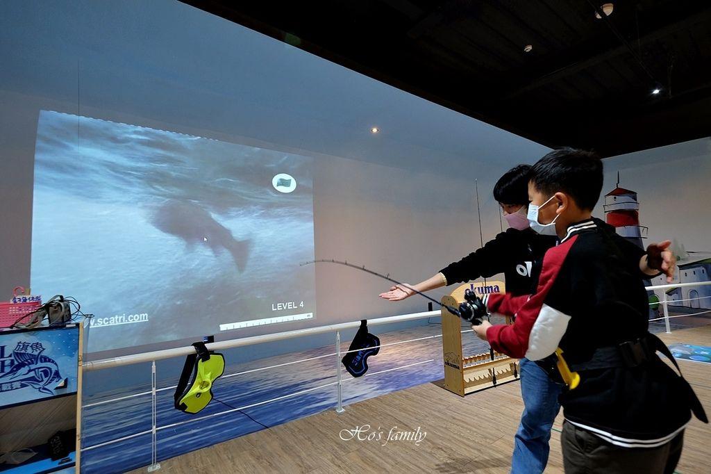 【台中室內親子景點】寶熊漁樂碼頭~世界唯一巨無霸旋轉釣魚機在這裡!亞洲首座釣魚觀光工廠玩虛擬釣魚、3D劇場、親子DIY、美式遊樂場32.JPG