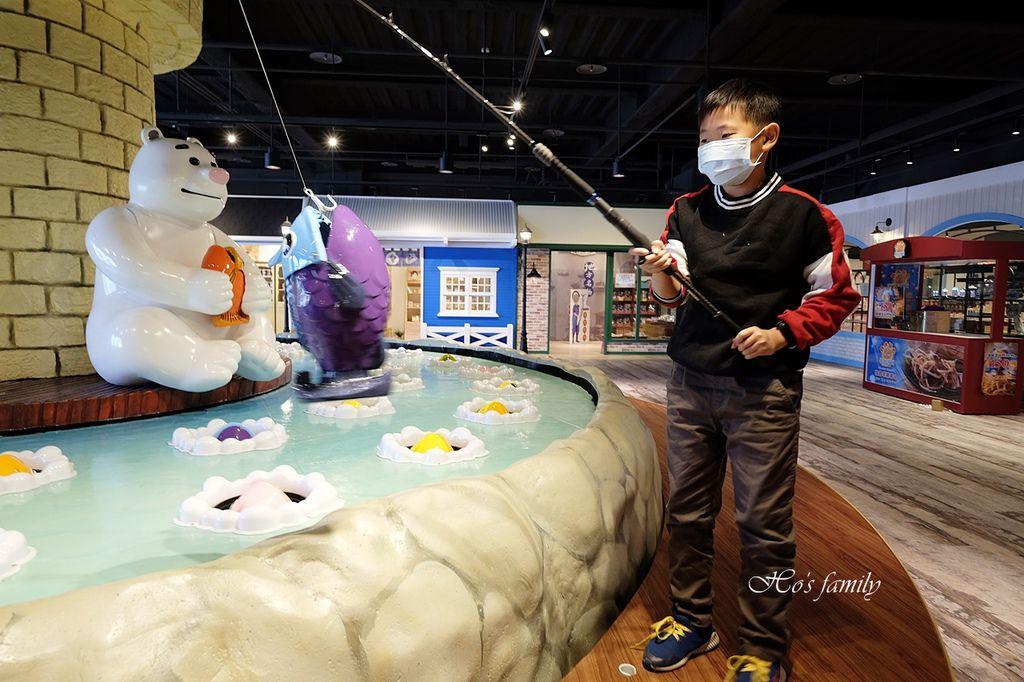 【台中室內親子景點】寶熊漁樂碼頭~世界唯一巨無霸旋轉釣魚機在這裡!亞洲首座釣魚觀光工廠玩虛擬釣魚、3D劇場、親子DIY、美式遊樂場45.JPG