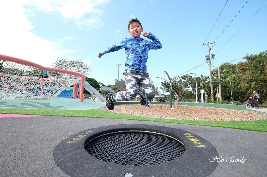 【新北親子景點】八里渡船頭公園24.JPG