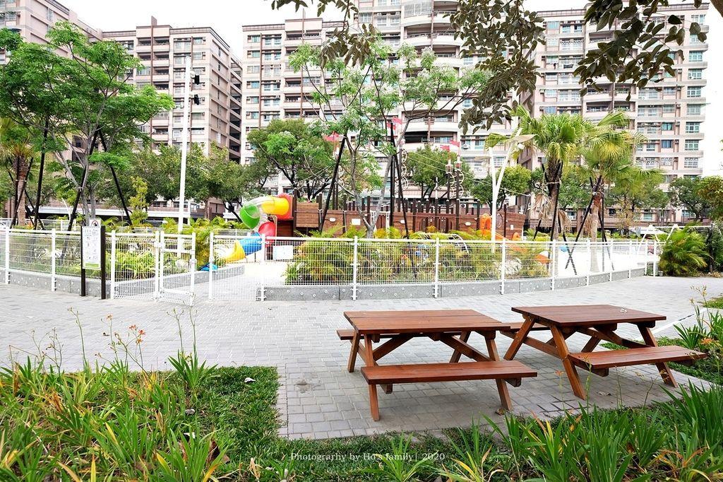 【屏東親子景點】親子公園沙坑遊戲場永大公園2.JPG