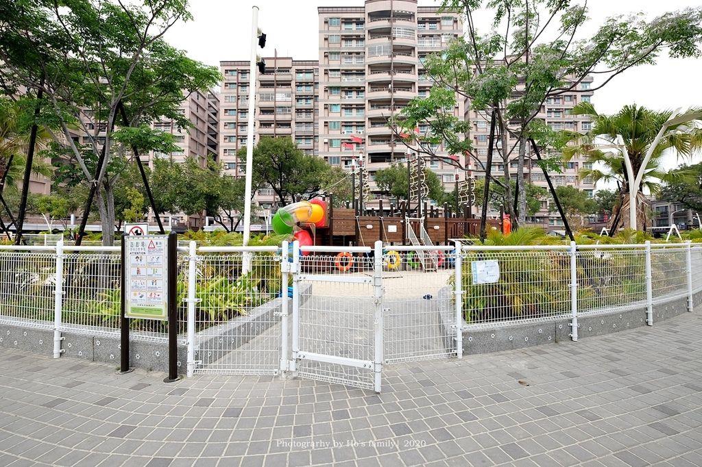 【屏東親子景點】親子公園沙坑遊戲場永大公園4.JPG