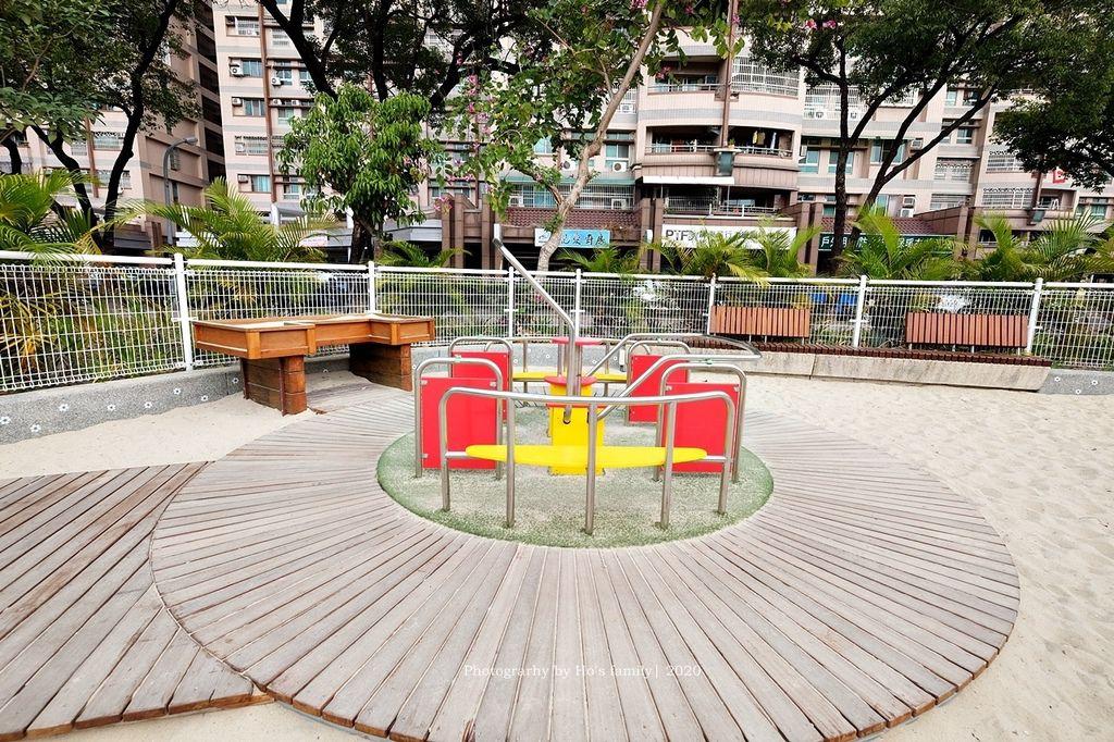 【屏東親子景點】親子公園沙坑遊戲場永大公園31.JPG
