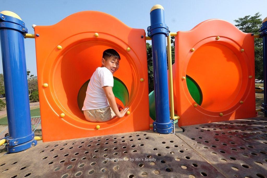 【台南親子景點】明和公園~台南首座地景遊戲場!高速水管溜滑梯、攀爬網、高空溜索,野餐玩公園一日遊7.JPG