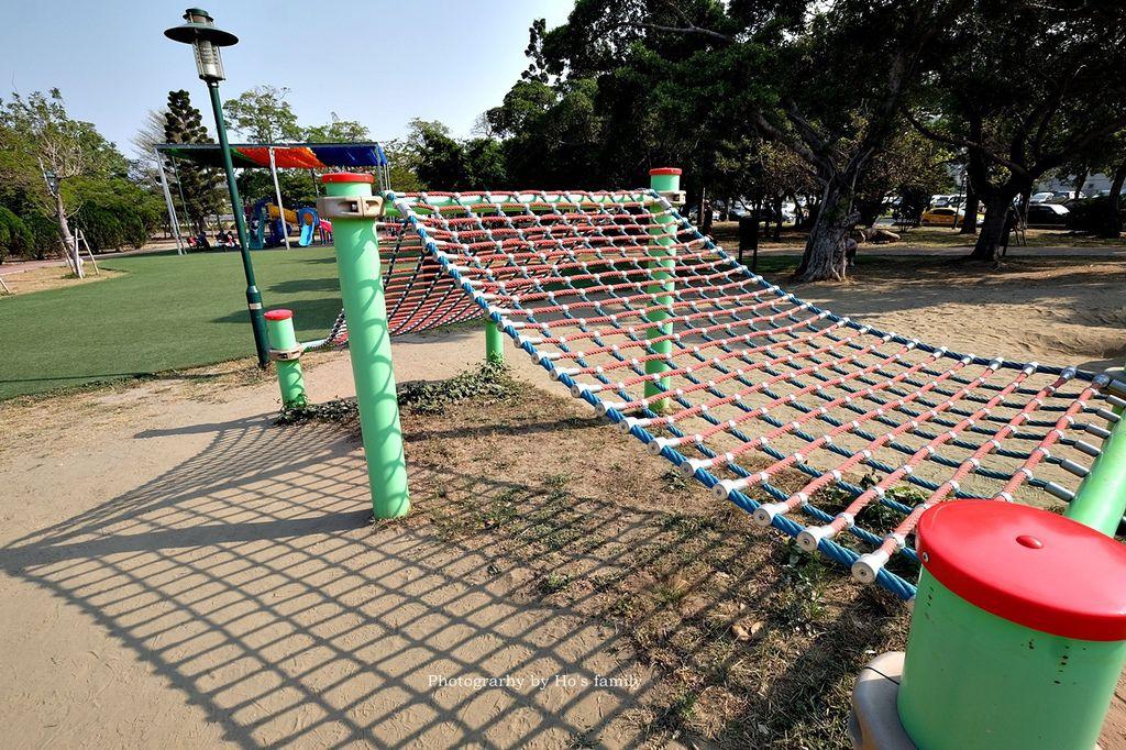 【台南親子景點】明和公園~台南首座地景遊戲場!高速水管溜滑梯、攀爬網、高空溜索,野餐玩公園一日遊9.JPG