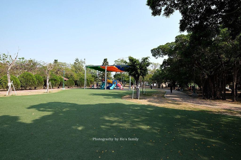 【台南親子景點】明和公園~台南首座地景遊戲場!高速水管溜滑梯、攀爬網、高空溜索,野餐玩公園一日遊16.JPG