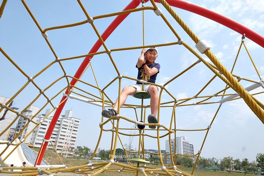 【雲林斗六景點】藝術水岸園區親子特色公園~野餐玩遊戲場周休一日遊好去處5.JPG